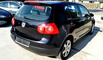 VW Golf V 1,4 Trendline 75 5d full