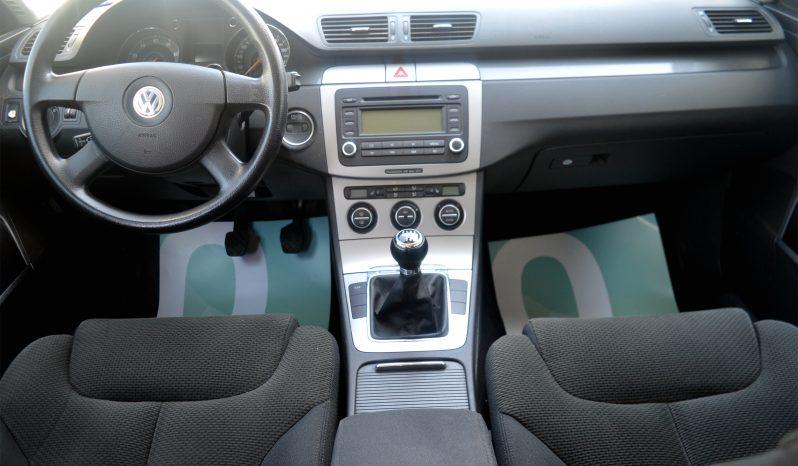 VW Passat 1,6 FSi Comfortline 4d full