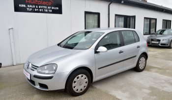 VW Golf V 1,6 FSi Trendline 5d full