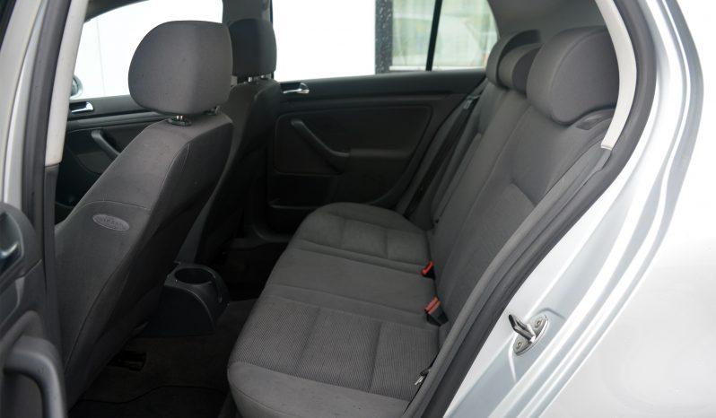 VW Golf V 1,6 FSi Trendline 5d full