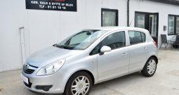 Opel Corsa 1,2 16V Essentia 5d