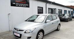 Hyundai i30 1,6 CRDi 90 Classic 5d