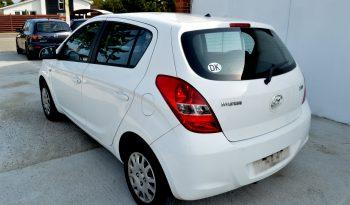 Hyundai i20 1,4 CRDi 75 Comfort 5d full